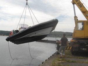 Wodowanie na Jeziorze Żarnowieckim