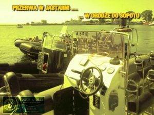 Postój motorówek RIB w marinie Jastarnia